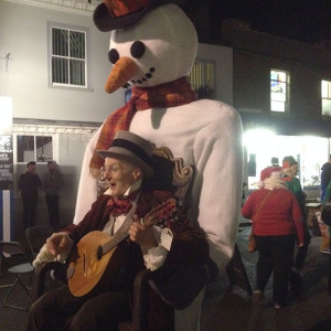 Entertainment at Holt Christmas Lights